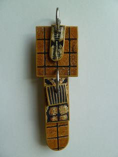 PENDENTIF N°469 https://www.facebook.com/pages/Ism%C3%A8ne-Duray/177514049094873
