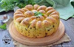 хлеб с зеленью и чесноком