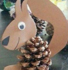 8 Acorn Crafts for Preschoolers Pine cone squirrel Preschool Crafts, Kids Crafts, Diy And Crafts, Arts And Crafts, Free Preschool, Acorn Crafts, Pine Cone Crafts, Snowman Crafts, Autumn Crafts