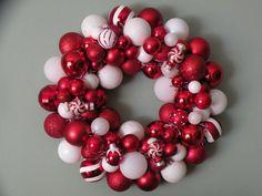 Peppermint Christmas ornament wreath2.