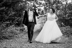 What to think about when it comes to your wedding timings for your big day. Image by Babb Photo Wedding Story, Wedding Book, Plan Your Wedding, Wedding Planning, Wedding Day, Documentary Wedding Photography, Creative Wedding Photography, Best Man Speech, Professional Hairstyles