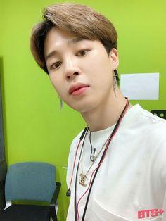 Park Ji Min, Busan, Mochi, Jimin Selca, Park Jimin Cute, Foto Jimin, Run Bts, Bts Lockscreen, Wallpaper Lockscreen