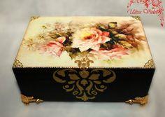 Exklusive Schatulle Holzkästchen Jewelry Box von UltroViolet, €23.00