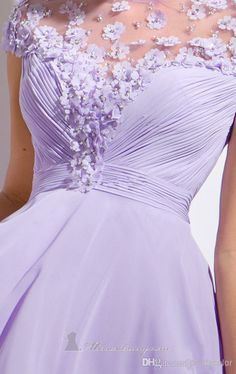 Gorgeous Short Lavender Graduation Gowns Dresses With Appliques Pearls Chiffon A-Line Cap Sleeve See Through Color Prom Cocktail Party Dress