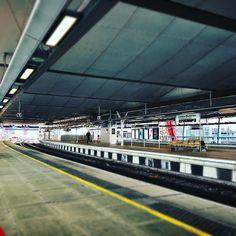 London Blackfriars nearly empty. #railstrike #london #train #railway #travel #transport #uk