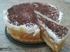 Familia ta o sa il termine in 2 secunde! Fall Desserts, No Bake Desserts, Dessert Recipes, Merida, Romanian Food, Hungarian Recipes, Eat Dessert First, Cupcake Cakes, Cupcakes