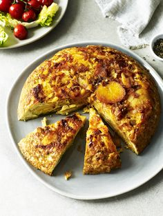 This Spanish tortilla with paprika and parsley recipe is wonderfully tasty! It makes a great for a dinner or why not have it cold for lunch the next day.