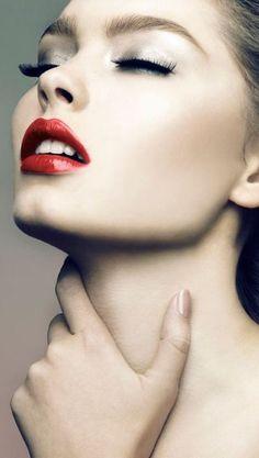 Red Lips   cynthia reccord