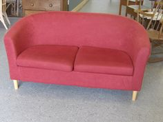 Cute Red Sofa. Ideal For Studio Or Child's Bedroom..£35..(PC380)
