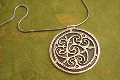 bynicola, celtic medallion