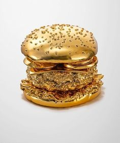 Golden Burger by Thomas Hannich and Arndt von Hoff in Illustration