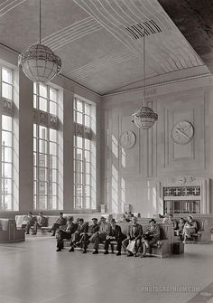 Waiting room, sunlight and passengers. Newark passenger station. Pennsylvania Railroad. Newark, New Jersey. 1935 June 12