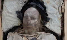 Scan of mummified body of Swedish bishop reveals baby hidden in coffin. The mummified body of Bishop Peder Winstrup. European History, Art History, Mummified Body, Creepy Images, Dance Of Death, Beautiful Stories, Skull And Bones, Science And Nature, The Guardian