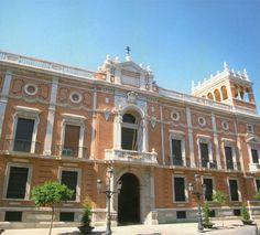 Palacio Arzobispal en Valencia - es una obra de Vicente Traver Tomas en el siglo XIII.