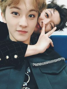 """Ten looks like a cutie meanwhile Mark be like """"i'm so done with this gayest hyung"""" Mark Lee, Ten Mark, Winwin, Taeyong, Jaehyun, Nct 127, Nct U Members, Nct Dream Members, K Pop"""