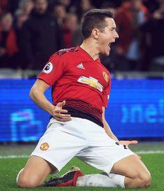❤ANDER HERRERA⚽🔥#Cardiff 1:5 #ManUnited Man Utd Fc, Man United, Cardiff, Psg, Football Team, Manchester United, Polo Ralph Lauren, Soccer, The Unit