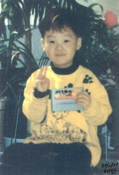 Read Suga Childhood Photos❤️ from the story All about BTS by (pinkpunk) with 649 reads. Bts Suga, Min Yoongi Bts, Bts Bangtan Boy, Bts Predebut, Foto Bts, Min Yoonji, Les Bts, Childhood Photos, Korean Boy