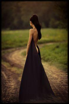 ZsaZsa Bellagio: Dark, Glamorous & Gorgeous