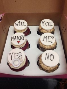 did someone say cupcakes AND will you marry me?!