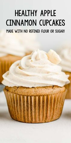 Healthy Cinnamon Apple Cupcakes only 114 calories including the cinnamon frosting! They taste like apple pie! healthy apple cupcakes with greek yogurt. apple cupcakes recipe from scratch. Low Calorie Cupcakes, Healthy Cupcakes, Low Calorie Desserts, Healthy Deserts, Healthy Cake, Healthy Sweets, Healthy Baking, Vegan Desserts, Apple Recipes Low Calorie