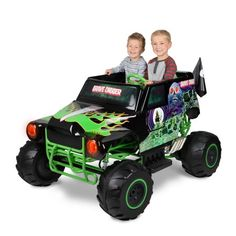 Monster Jam Grave Digger 24 Volt Battery Powered Kids Ride on Truck Quad Vehicle for sale online Monster Truck Toys, Monster Truck Birthday, Toy Trucks, Kids Ride On Toys, Toy Cars For Kids, Verbo Can, Captain America Motorcycle, Digger Birthday, 4th Birthday
