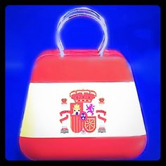 Spain Coat of Arms TIN 'HANDBAG'    ✨NWOT✨ ☸Several available.  Please don't buy from the listing...I will make a new listing for you!  Just let me know!        Designed to hold change, jewelry or......❓  Accessories