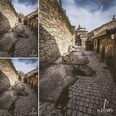 #foto #photo #fotodeldia #photooftheday #fotografia #photography #fotografo #photographer #españa #lascosasquemegustan #pasionporlafotografia #vision #prespectivas #nubes #clouds #luz #pueblos #calles #tui #street #streetphotography