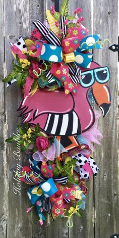 Flamingo Paradise by Holiday Baubles