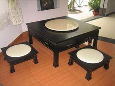 Simple Black Japanese Dining Furniture