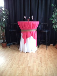 """See our web site for additional details on """"high top tables wedding"""". It is an outstanding place to find out more. High Top Table Kitchen, High Top Tables, Outdoor Patio Bar Sets, Outdoor Furniture Sets, Bar Table Sets, Pub Design, Pub Set, Wood Patio, Cool Bars"""