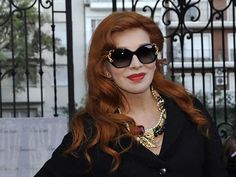 Nacha Guevara, espléndida, acaba de cumplir 73 años Carmen Dell'orefice, Cat Eye Sunglasses, Eyes, Fashion, Templates, Being A Woman, Trends, Celebs, Men