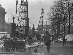Berlin: S-Bahn Nord-Süd - Baustelle vor Hotel Adlon (Januar 1935)