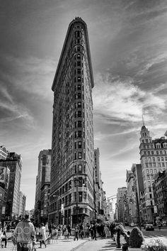 Iconic Flatiron by LisaVaz