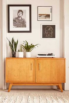 Sawyer storage media console furniture, house & more! Console Furniture, Console Tv, 60s Furniture, Furniture Removal, Furniture Storage, Image Deco, Halls, Interior And Exterior, Interior Design