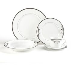 Cocoa Blossom 20 Piece Dinnerware Set ($270) ❤ liked on Polyvore featuring home, kitchen & dining, dinnerware, floral porcelain dinnerware, rimmed soup bowls, tea saucer, porcelain dinnerware and porcelain soup bowls