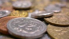 Gospodarka urosła wolniej, a dług był większy. GUS poprawia dane