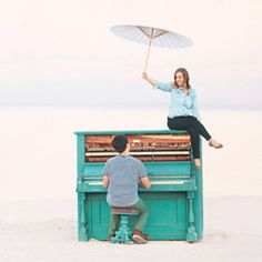 Playful Engagement Photos with a Blue Piano and Holi Powder!