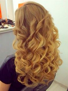 Curls For Long Hair, Long Curly Hair, Curly Hair Styles, Permed Hairstyles, Wedding Hairstyles, Bouffant Hair, Great Hair, Hair Makeup, Hair Beauty