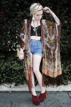 JEAN GREIGE by MADELINE PENDLETON: 58 - GIVEAWAY, THIS AWESOME FRINGED VELVET KIMONO!!!!