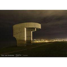 Elogio... del horizonte nocturno #Chillida #Escultura #Sculpture #Invierno #Winter #Gijón #Xixón #Asturias #Asturies #AsturiasConSal #NorthernSpainWithZest #Turismo #Tourism
