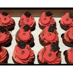 Cupcakes for 8th grade graduation