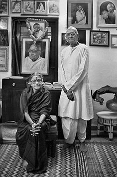 Raghu Rai - M. S. Subbulakshmi with her husband @ Music Maestros: Photographs by Raghu Rai | StoryLTD