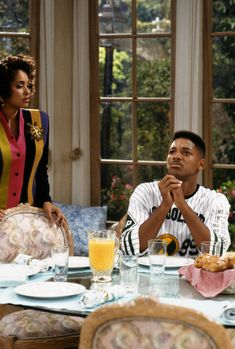 Will Smith and Karyn Parsons in The Fresh Prince of Bel-Air Movies And Series, Tv Series, Fresh Prince Dance, Will Smith, Prinz Von Bel Air, Karyn Parsons, Hip Hop, Alfonso Ribeiro, Free To Use Images