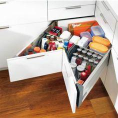 tiroirs angle blum, tiroir blum, meuble blum, cuisine blum