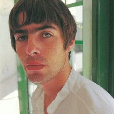 🐢| I never wanna be like you    #liamgallagher #gallagher #liamg #oasis #rock #britpop #90s #asyouwere @liamgallagher Liam Gallagher, Oasis Live Forever, El Rock And Roll, Britpop, Band Photos, Great British, Cool Bands, Other People, The Incredibles