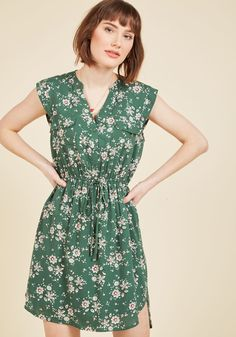 A Way With Woods Floral Dress in Fern | ModCloth
