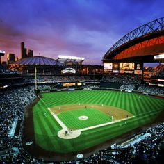 The prettiest ballpark in baseball just turned 14. #ILoveSafecoField