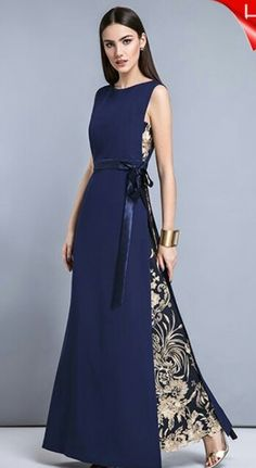 Beauty dress with textured embroidery Trendy Dresses, Elegant Dresses, Formal Dresses, Amazing Dresses, Dresses Dresses, Formal Wear, Hijab Fashion, Fashion Dresses, Dress Patterns