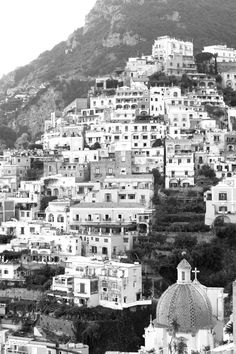 I love this photo and I love Positano Italy.    From one of my favorite blogs www.runningonhappiness.com