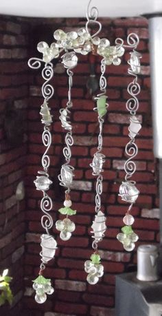 Beach Glass Sparkeling Grapes Wire Wrapped Sun Catcher Garden Decor Yard Art Whimsy